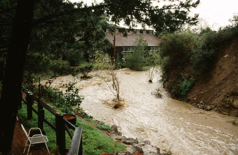 Flooding-071807-004-sm