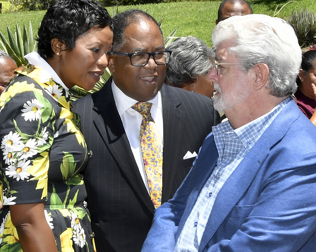 (Left to Right) Melody Hobson, Los Angeles County Board of Supervisors Chairman Mark Ridley-Thomas, George Lucas Martin Zamora / Los Angeles County Board of Supervisors
